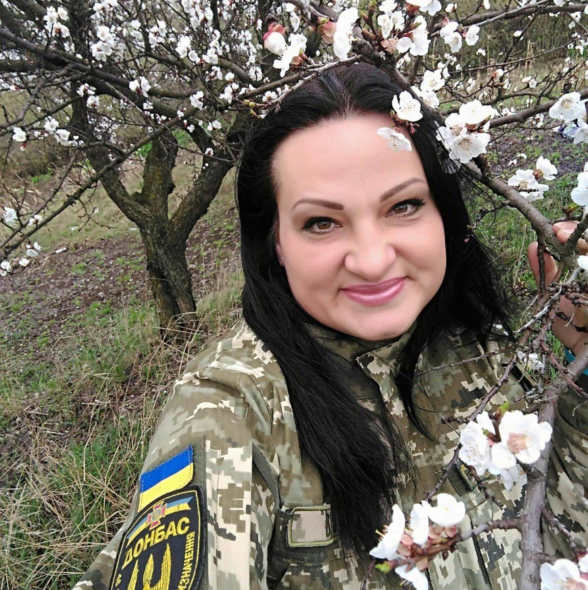 У Харкові відкрили меморіальну дошку Народному Герою України Яні Червоній