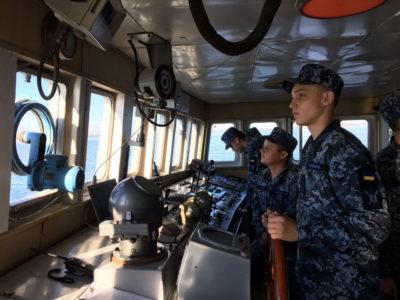 Як флотські ліцеїсти морську справу опановували