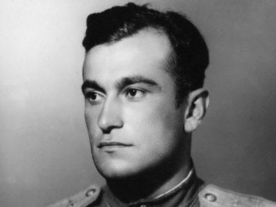 Цього дня 100 років тому народився Султан Амет-Хан – військовий льотчик, випробувач, двічі Герой Радянського Союзу