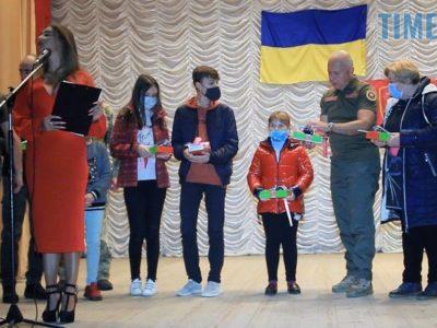 25 срібних кулонів-сердець вручили у Бердичеві родинам загиблих на сході України