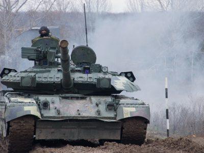 Курсанти-танкісти водили Т-64 БВ і Т-84 вдень та вночі