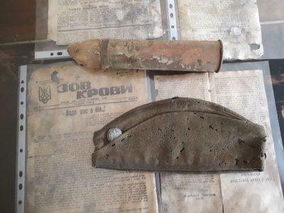 Знайдені на Житомирщині артефакти УПА завдяки меценату поповнили експозицію «Повстанського хутору»