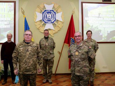 Національну академію сухопутних військ відвідала делегація Збройних Сил Королівства Данія