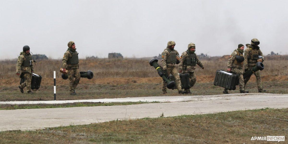 Українські військові апробували Bayraktar TB2 та «Джавеліни» на масштабних тактичних навчаннях з бойовою стрільбою