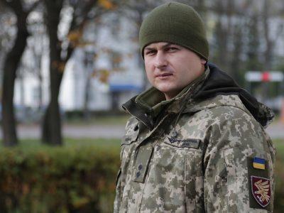 Після важкого поранення переніс 11 операцій, але повернувся в ДШВ