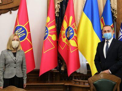 Стратегічні комунікації є одним з важливих елементів співробітництва з НАТО — Анатолій Петренко