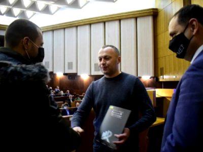 На Прикарпатті ветерани АТО/ООС отримали житло та відзнаки