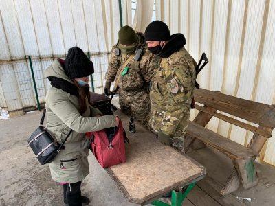 Робота КПВВ у районі проведення операції Об'єднаних сил за тиждень