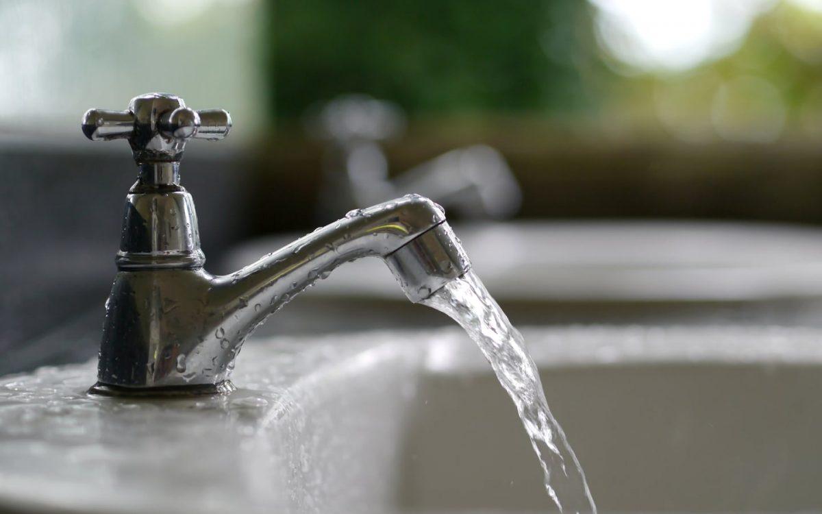 Довгоочікувана вода прийшла до двох військових містечок на Дніпропетровщині