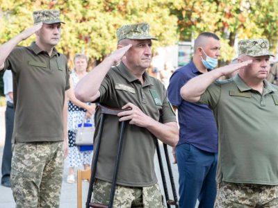 Після ампутації ноги вчитель біології повертається у військо