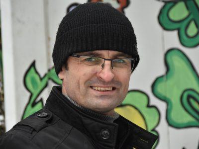 Стоматолог із Тернополя щороку безкоштовно допомагає близько 200 воїнам з передової