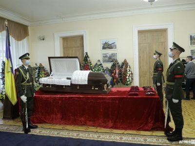 У Києві в останню путь провели генерала Малькова