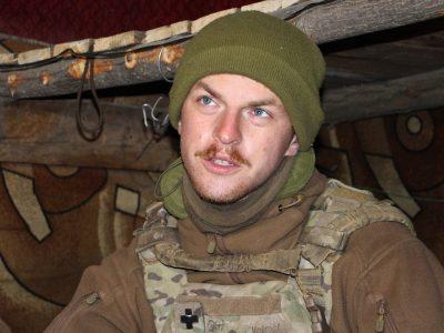 Морпіх Деніель Рідлі про службу в британській піхоті, порятунок сирійців та побратимів в українському окопі