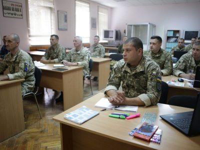 У 2021 році планують створити аналог Центру підготовки і передового досвіду сержантського (старшинського) складу ЗСУ