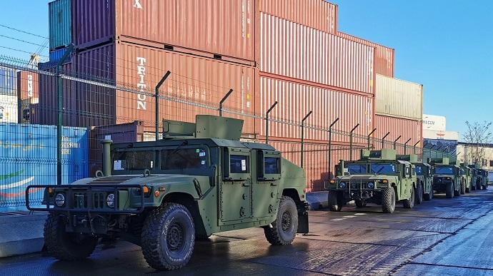 США передали українській армії нову партію військової допомоги