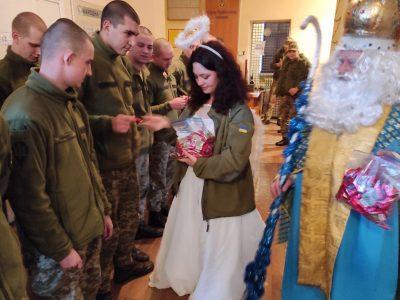 «По-домашньому тепле Різдво в армії хлопці запам'ятають обов'язково!»