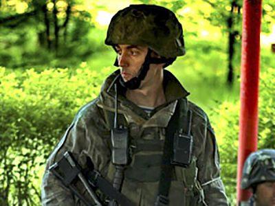 Одеські курсанти відвідали матір загиблого під Слов'янськом легендарного комбата, Героя України Тараса Сенюка