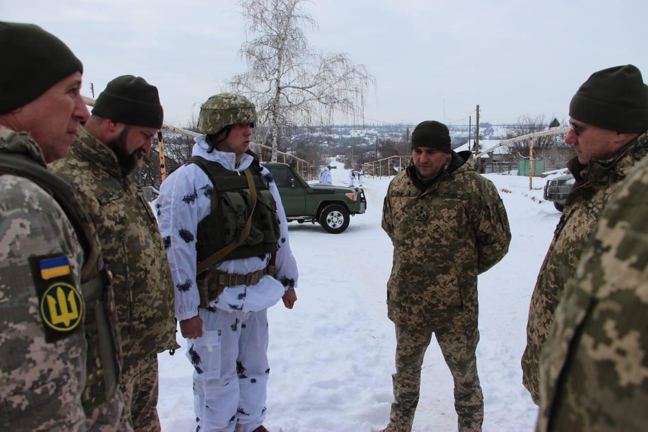 Головнокомандувач ЗСУ генерал-полковник Руслан Хомчак здійснив робочу поїздку до району проведення операції Об'єднаних сил
