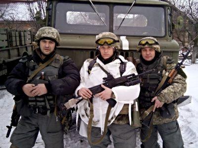 Він і тепер, через шість років, продовжує «воювати» у снах − один із останніх захисників Донецького аеропорту
