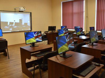 Відтепер особовий склад ВМС України вивчатиме іноземну мову  не менше п'яти годин на тиждень