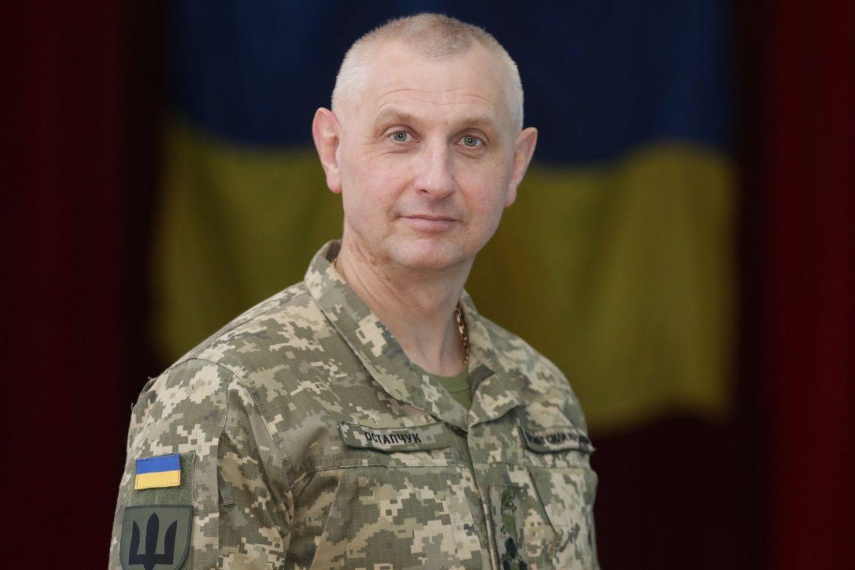 «Готуємо не просто офіцерів-зв'язківців, а професіоналів у галузі ІТ-технологій, кібербезпеки й телекомунікацій» — генерал-майор Віктор Остапчук