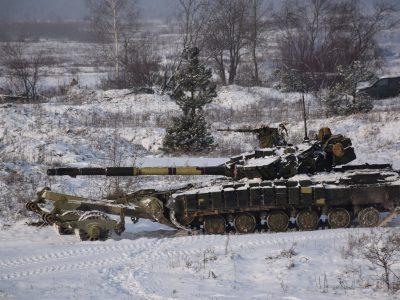У окремій танковій бригаді тривають батальйонно-тактичні навчання