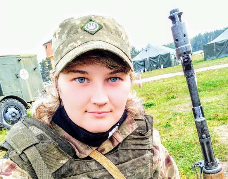 Донецьке підпілля, добробат, три контузії, служба у складі морпіхів, навчання у військовому інституті — історія 25-річної донеччанки