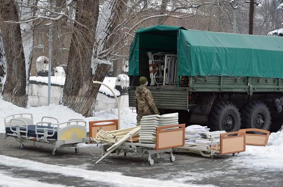 У межах гуманітарної ініціативи «Допомога Схід» дніпровський госпіталь отримав нове обладнання
