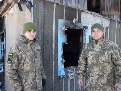 Військові врятували цивільного мешканця під час пожежі в будинку на Луганщині