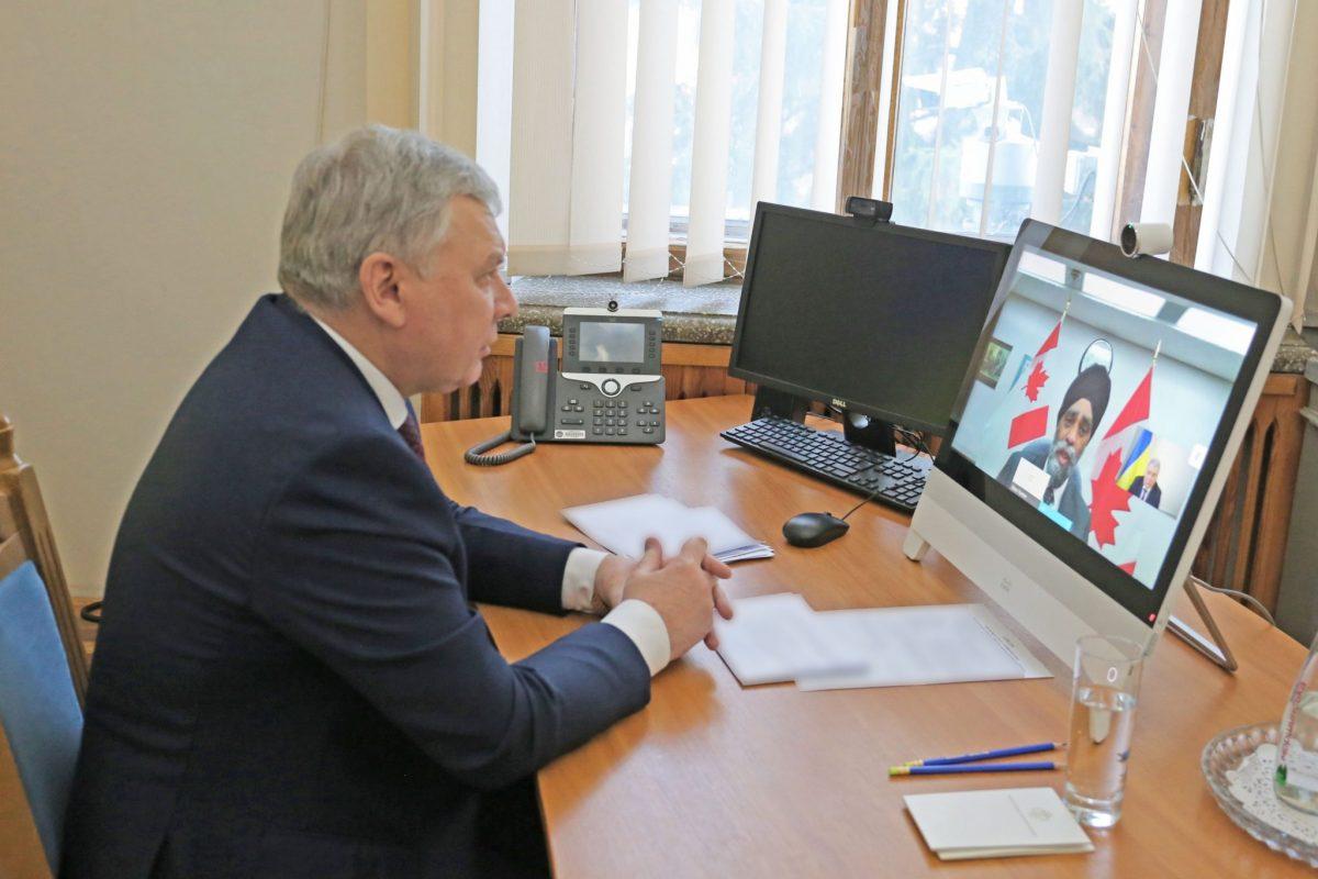 Ключова роль Канади у підготовці сил оборони України – безсумнівна: Андрій Таран провів розмову з канадським колегою
