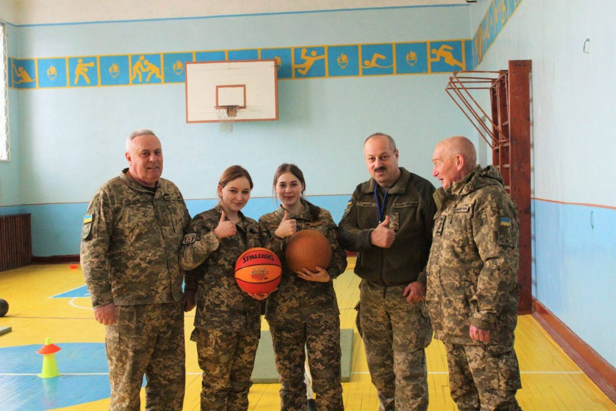 Військово-прикладна патріотика: естафети української юні