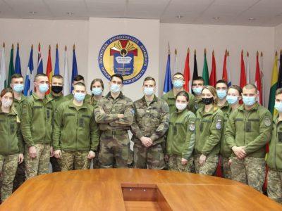 Молодші лейтенанти Загальновійськової академії Сен-Сір Коеткідан успішно пройшли стажування у вітчизняному військовому виші