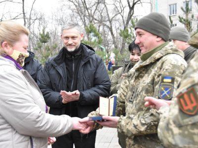 В районі проведення операції Об'єднаних сил нагородили волонтерів