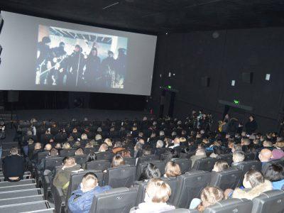 У Тернополі презентували фільм про «кіборгів» «Трохи нижче неба»