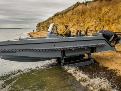 З моря на сушу за 8 секунд: човни-амфібії посилять ВМС США