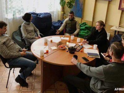 «Я тут не сам!»: у львівському «Феніксі» ветерани АТО/ООС отримують психологічну підтримку