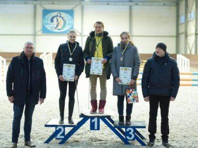 Армійські спортсменки здобули три медалі на зимовому чемпіонаті України з сучасного п'ятиборства