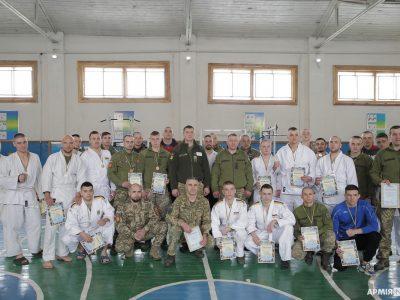 В оперативному командуванні «Захід» визначили найкращих «рукопашників»
