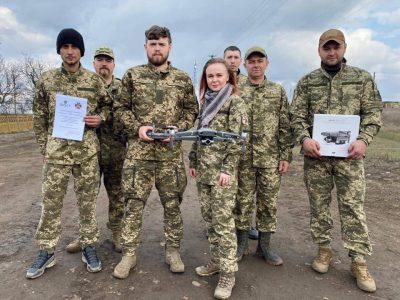 Волонтери передали військовим Маріупольської бригади сучасний квадрокоптер