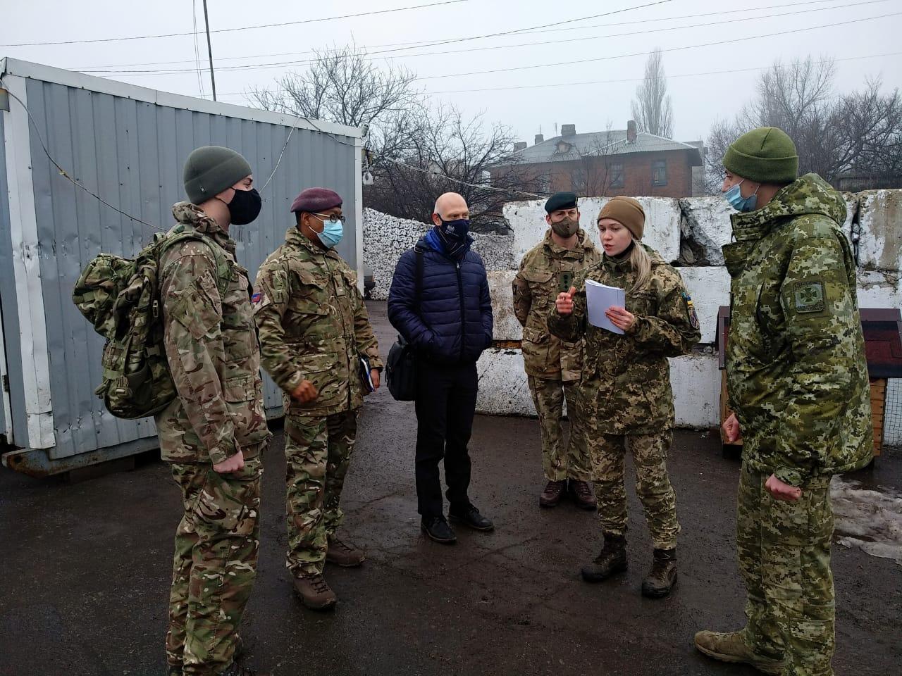Військові Великої Британії ознайомились з безпековою ситуацією в районі ООС
