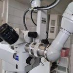 Волонтери з Франції передали українським військовим медикам потужні мікроскопи