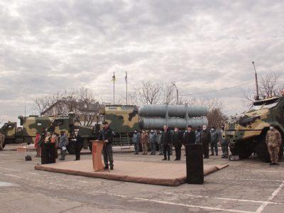 Міністр оборони України Андрій Таран привітав передачу дослідних зразків комплексу «Нептун» до Військово-Морських Сил ЗС України