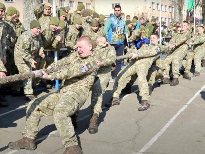 У Спартакіаді на честь десятиріччя Одеського військового вишу перемогли майбутні офіцери-десантники