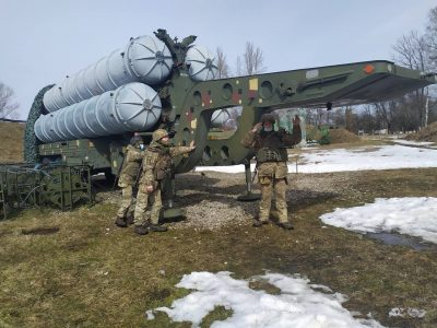 Львівські зенітники відпрацювали навички ведення бойових дій