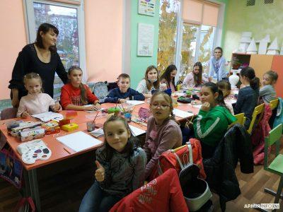 Діти з міста атомників Нетішина вітають захисників України