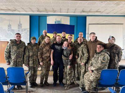 У Маріупольській бригаді відбулася презентація фільму про оборонців ДАПу