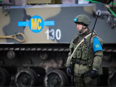 Москва прагне отримати схід України без великої війни,  або Про що насправді говорять колони російських танків