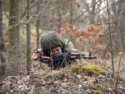 Бердичівські артилеристи вправляються у відбитті нападів ворожих ДРГ і діях під час контрнаступу