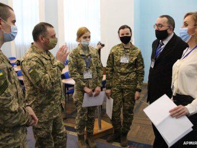 «Не ридать, а добувати!»: добровольці на захисті української державності