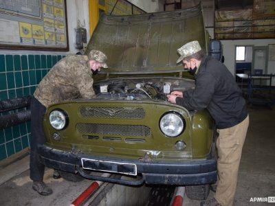 На Полтавщині зв'язківці розпочали сезонне обслуговування техніки